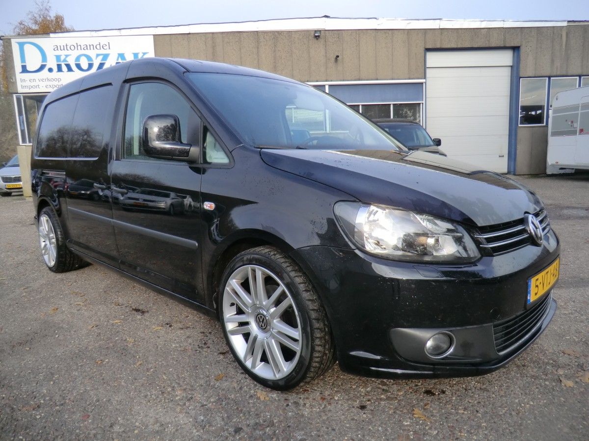 volkswagen caddy maxi 1 6 tdi navi kozak auto 39 s. Black Bedroom Furniture Sets. Home Design Ideas